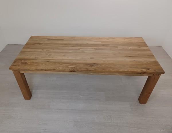 Tisch Kud